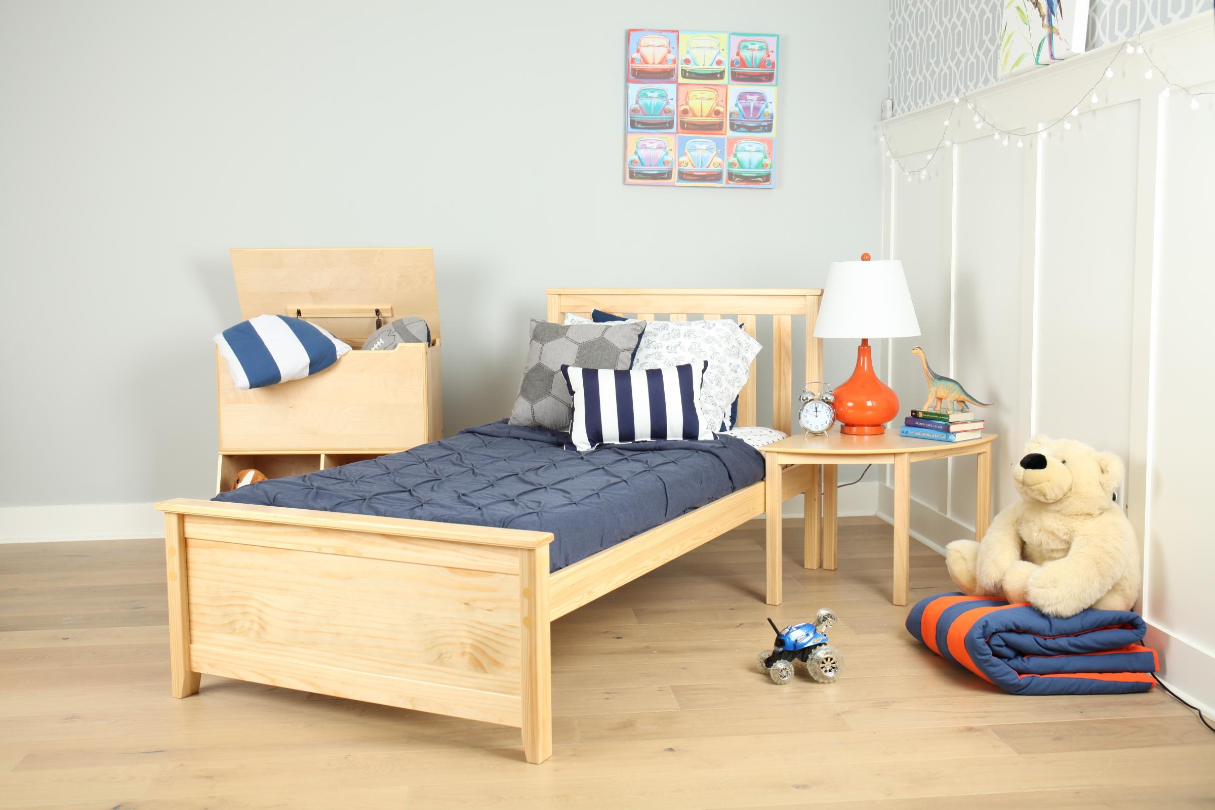 Maxwood Furniture, Inc.